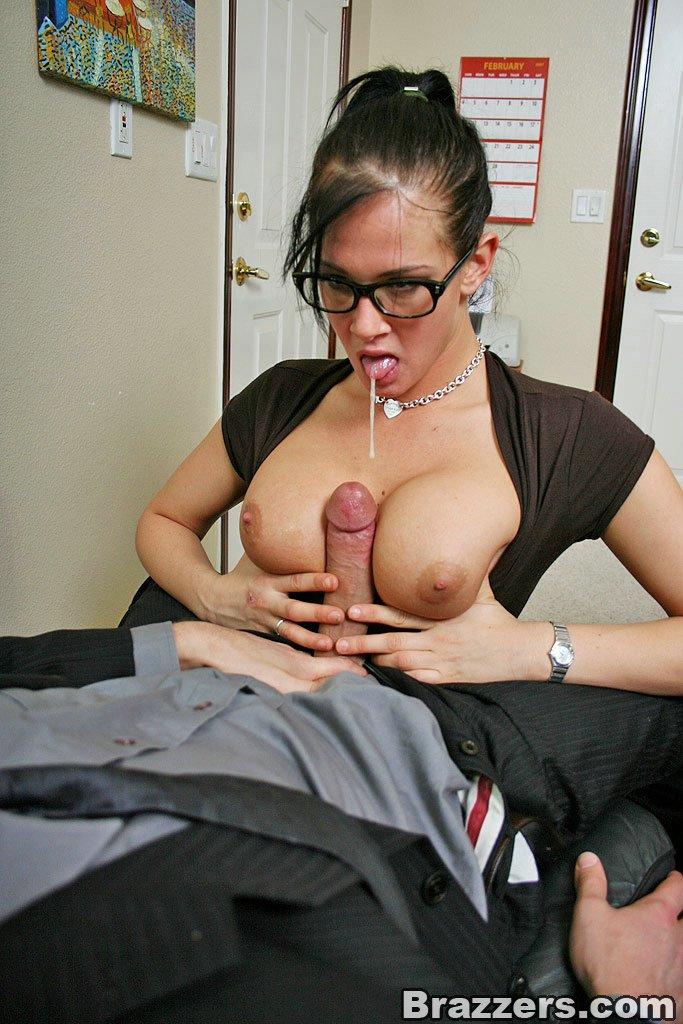 Amateur Office Xxx - Amateur office blowjob porn - Amateur office blowjob porn jpg 683x1024