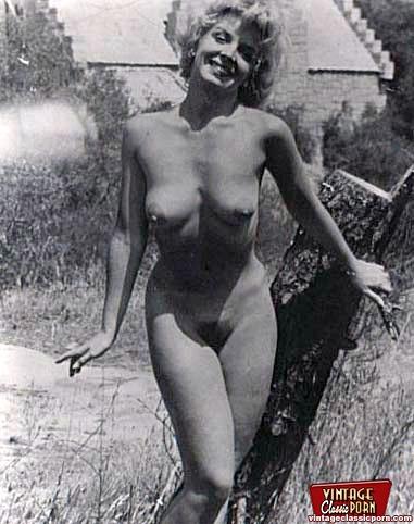 Kaufen American Xxx außerhalb der reifen nackten Dame ellison