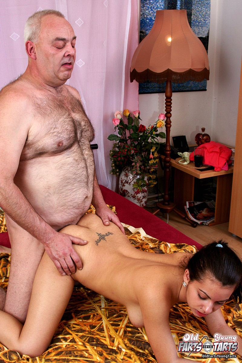 Old Man Young Girl Horny Hairy Senior Pene - Xxx Dessert -9416