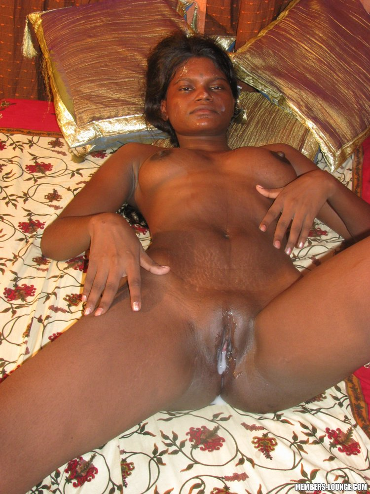 India Nude Indian Babe Doing It All - Xxx Dessert -3073