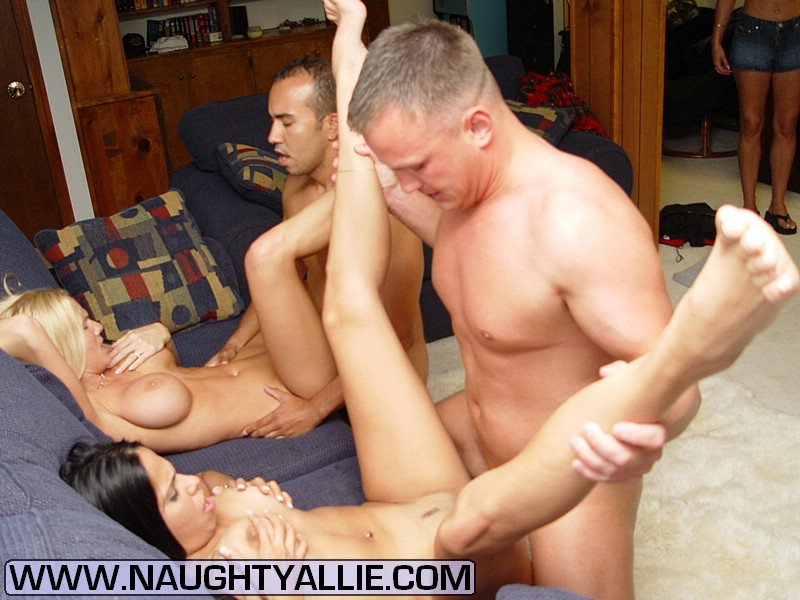 Mom Porn Hardcore Wife Swapping Group Sex - Xxx Dessert