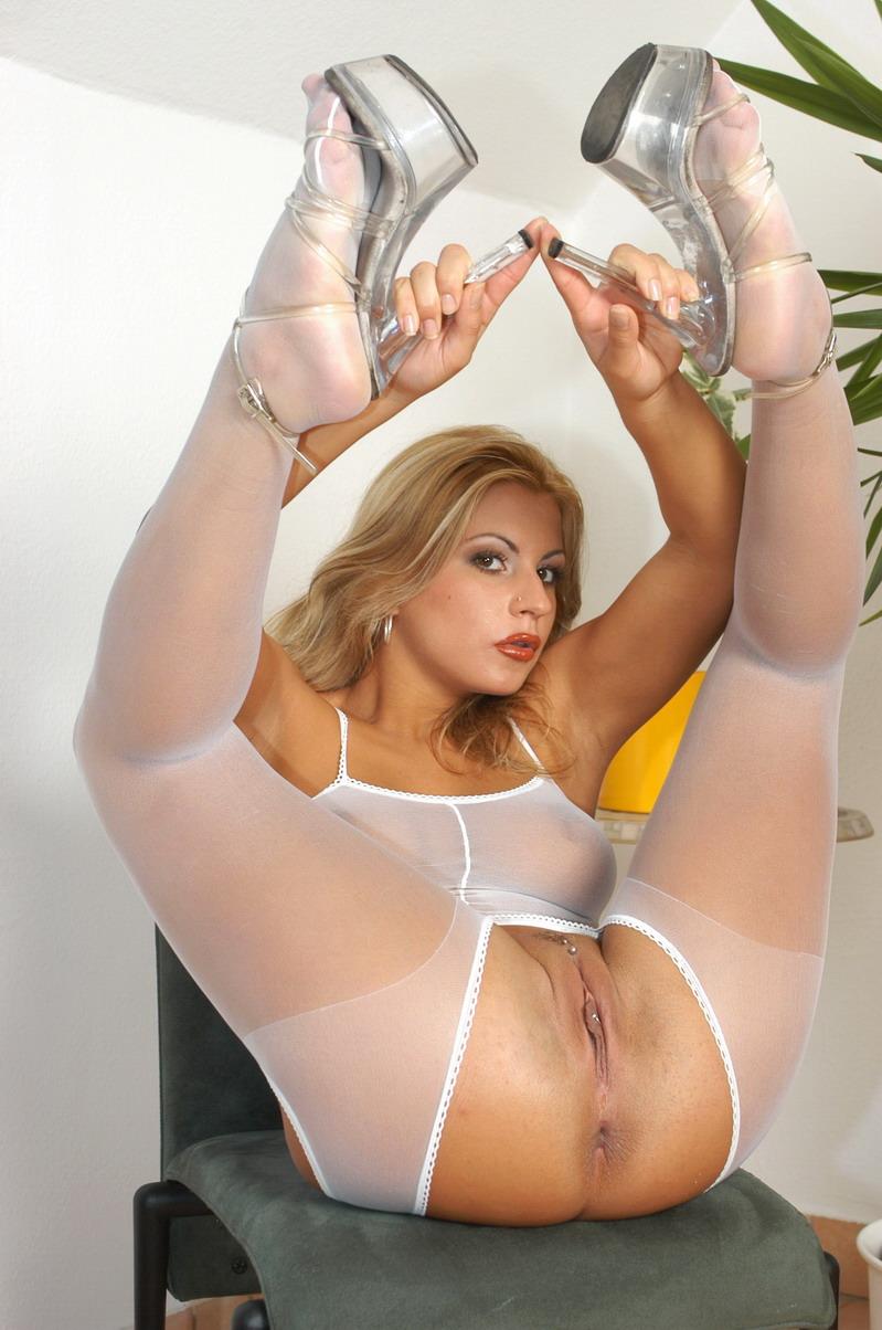 Pantyhose Feet Dora Busty Pornstar Posing - Xxx Dessert -8727