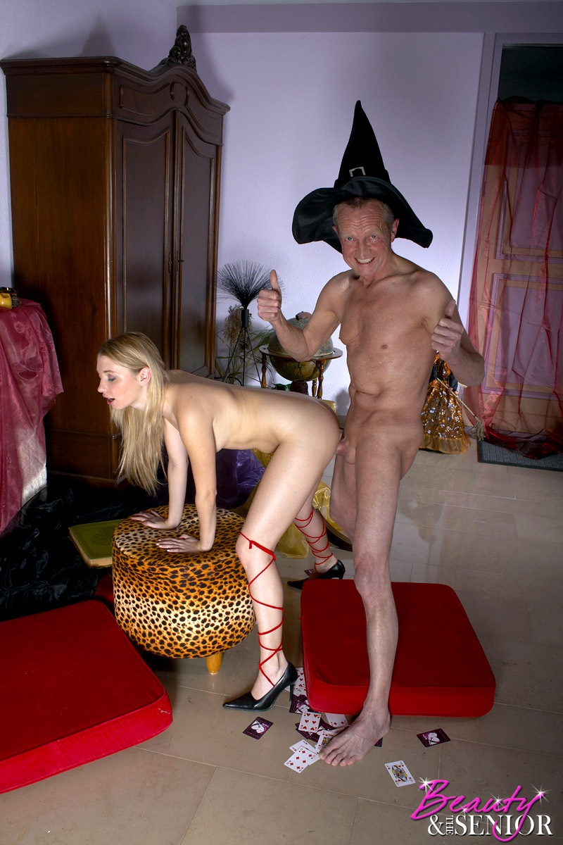 A Teenage Witch Sucking An Old Fellows Larg - Xxx Dessert - Picture 7-5850