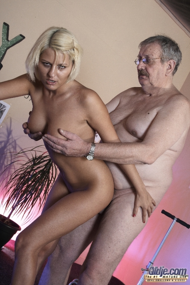 Old Young Love - Anty Has A New Supervisor - Xxx Dessert