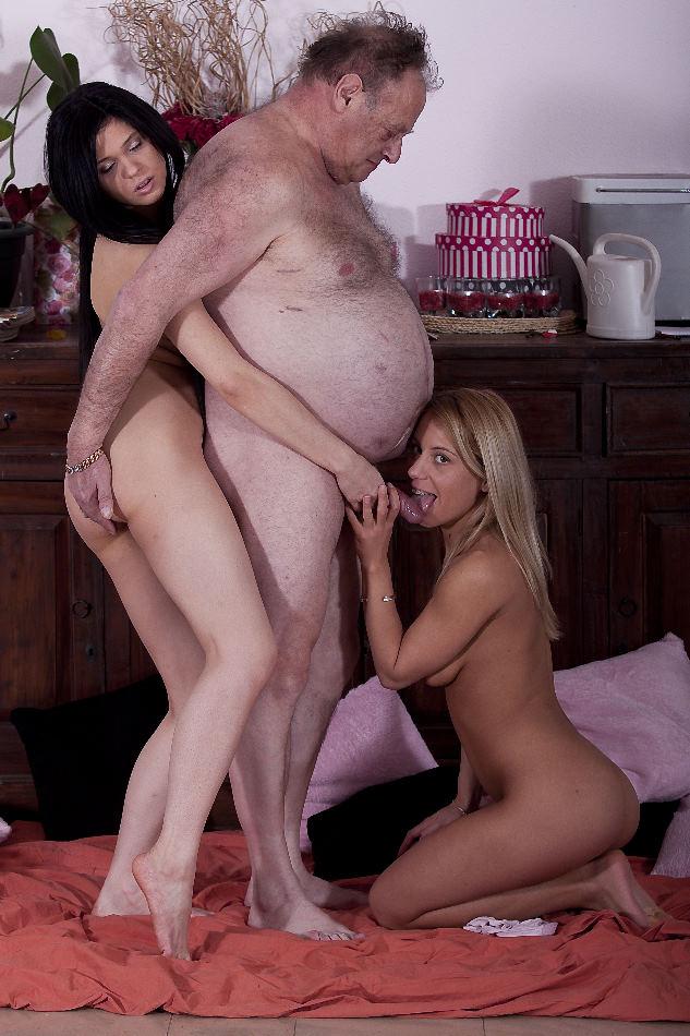 fat-man-fucking-blonde-teen-girls-nude