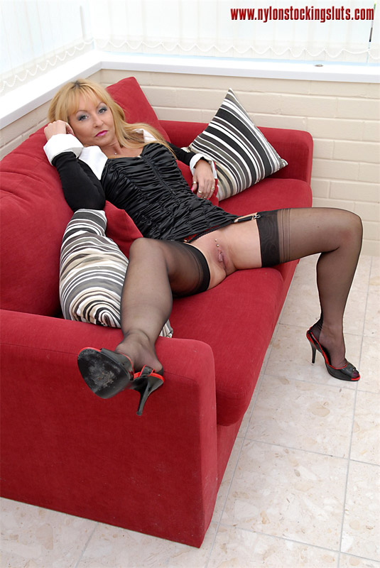 Hot mature nylons