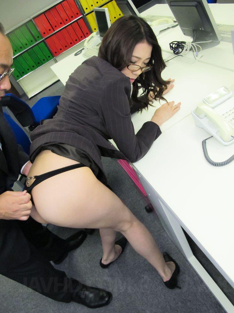 Asian secretary porn free vids — photo 5
