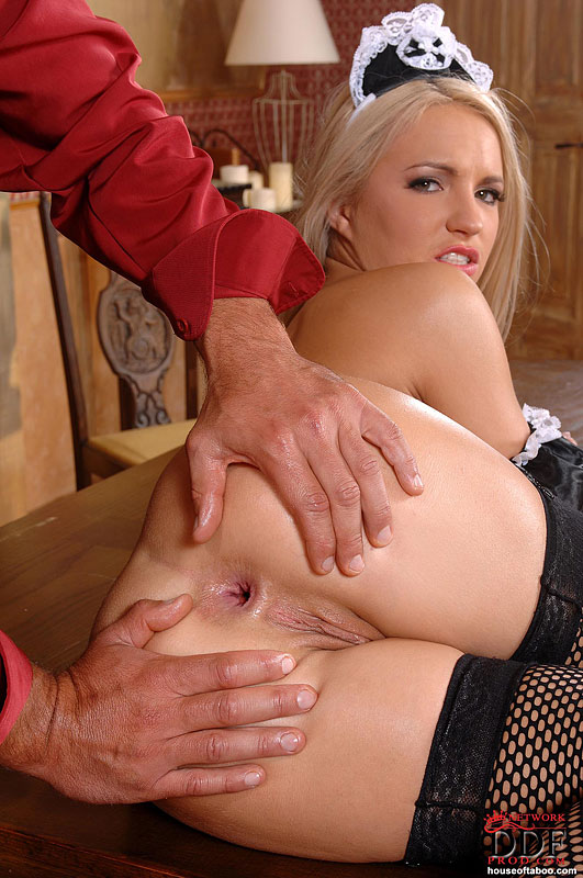 SHERI: Brittany spring footjob movie