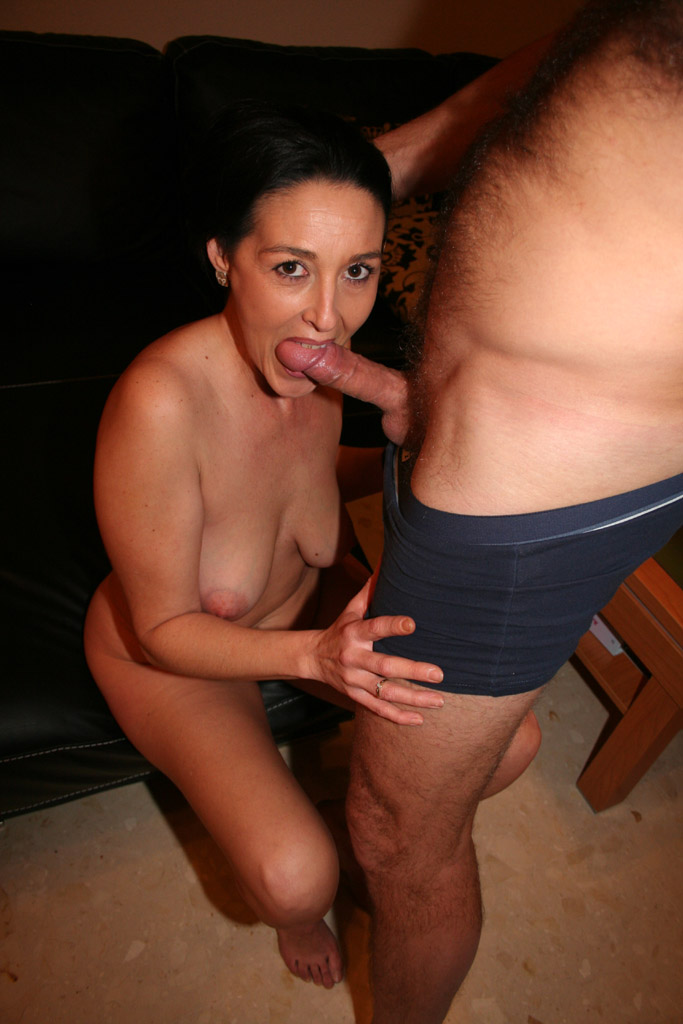 British Amateur Milf Bj
