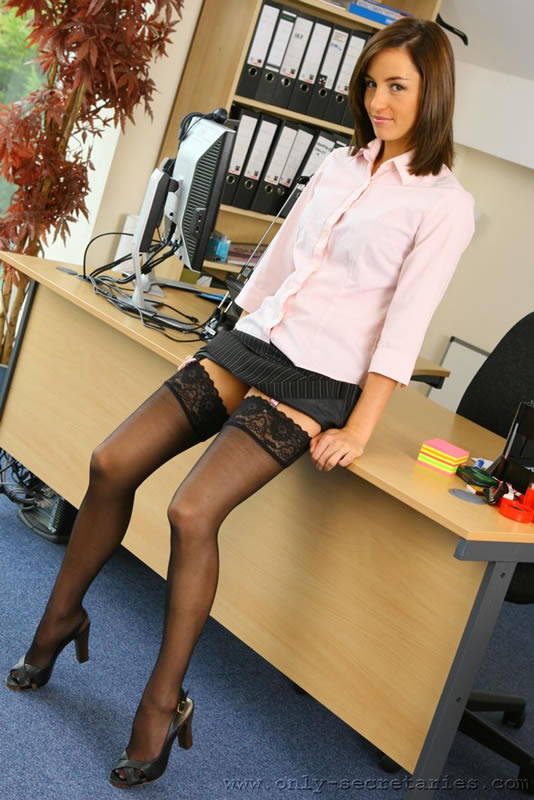 Office sex porn with hot secretaries fucking on the desk