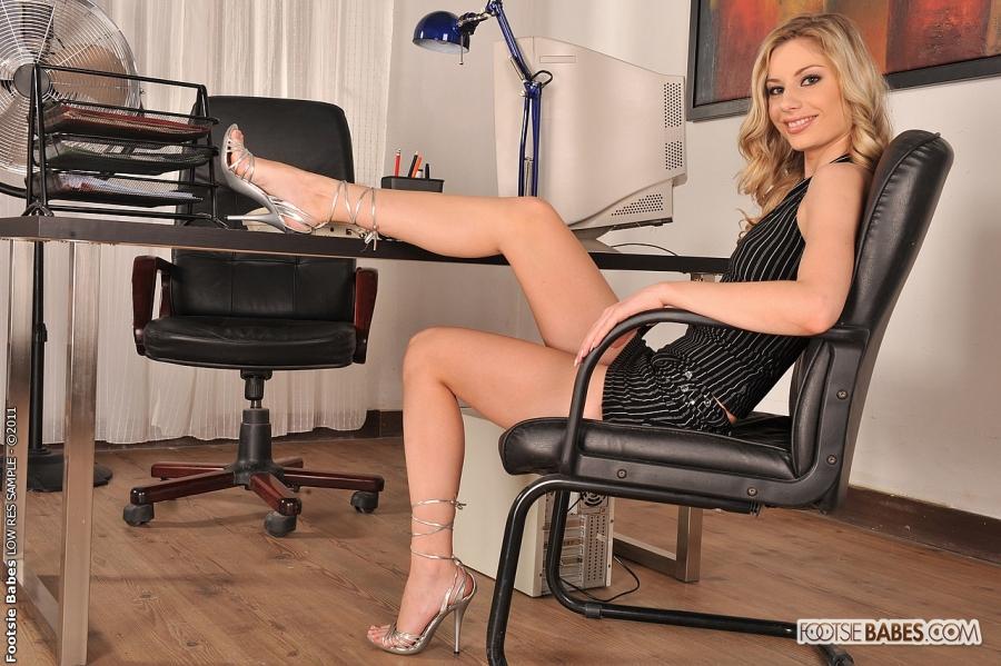 Hot legs secretary