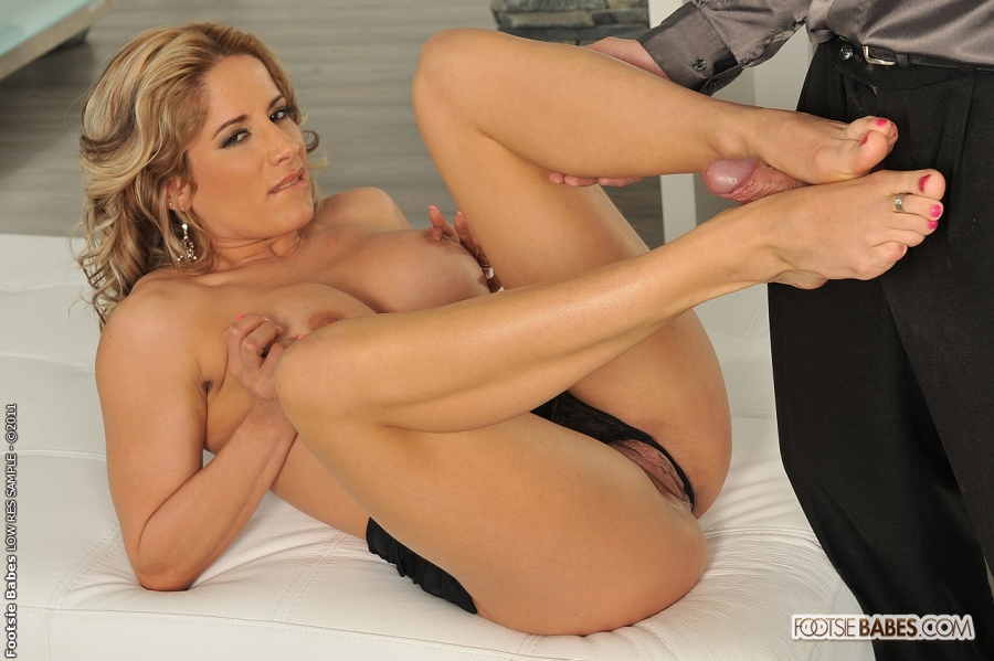 Nude Anal Sex Feet - Hot feet licking pics and sex scenes. Tags: - XXX Dessert ...