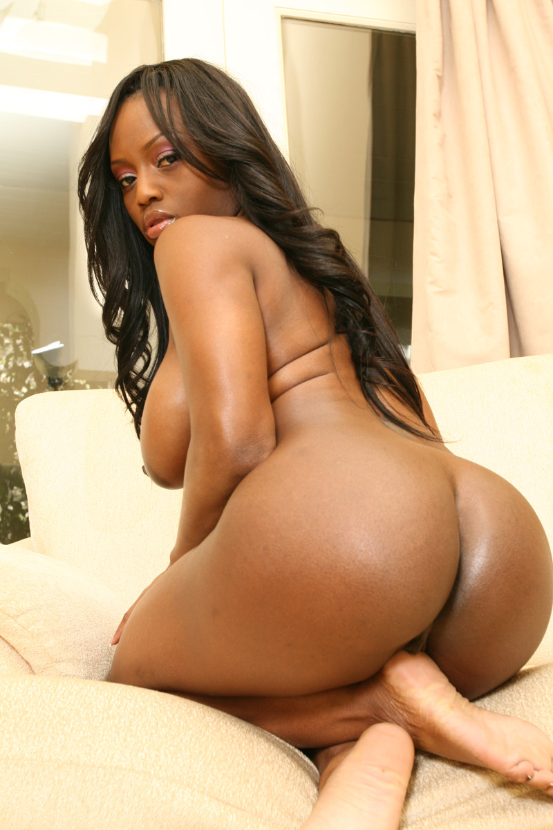 Big ass ebony hotties bent over cumshot 3