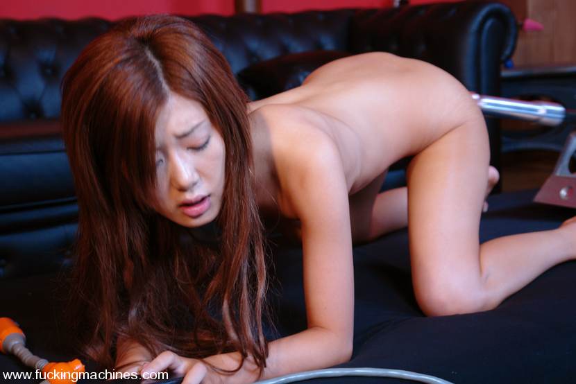 Machine sex. Four Japanes girls get their p - XXX Dessert - Picture 8