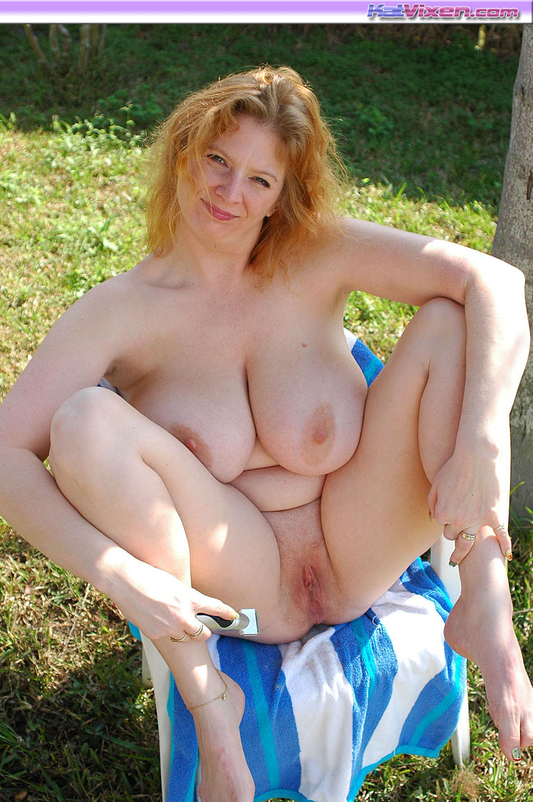 Pictures of chubby naked women