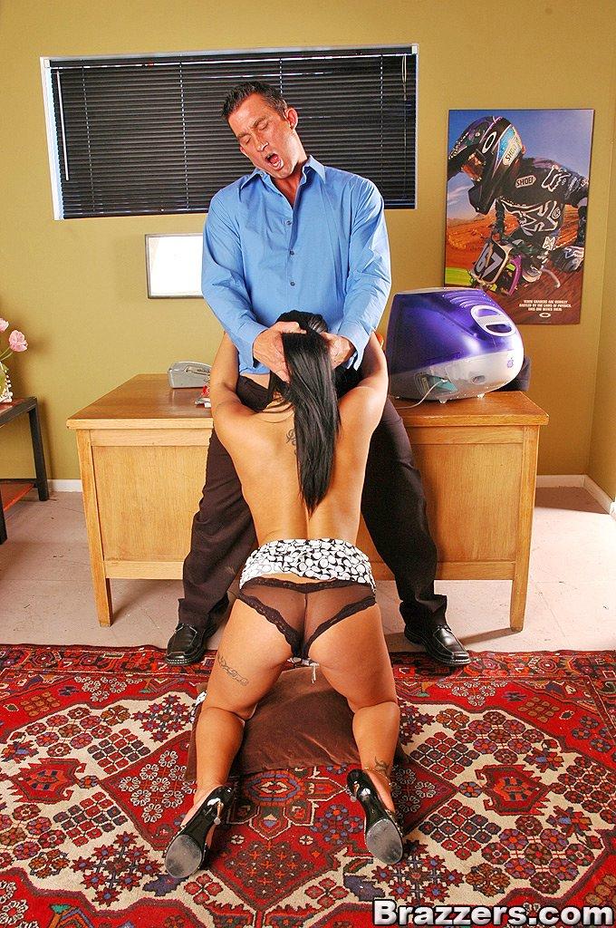 Erotic Pics Shemale dick to dick