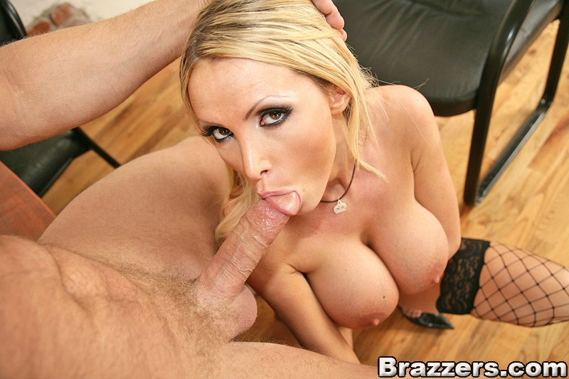 Blowjob nikki pov benz