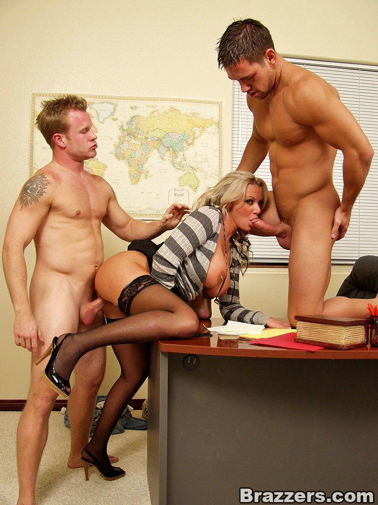 групповушка секретарша с начальством - 2