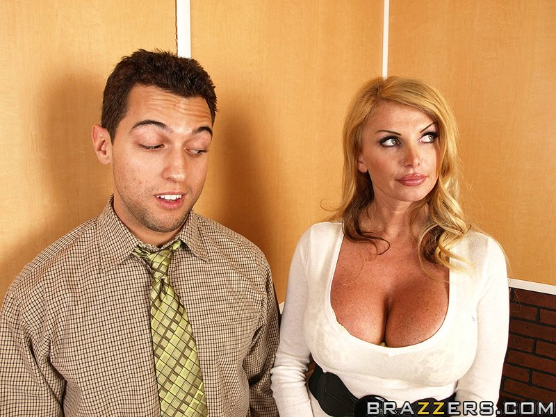 What excellent fuck tits in huge elevator milf opinion