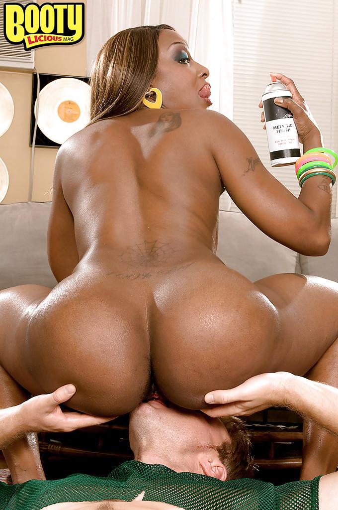 Black Guy Fingering Girl