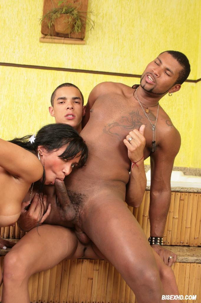 Lisa Ann Ebony Threesome