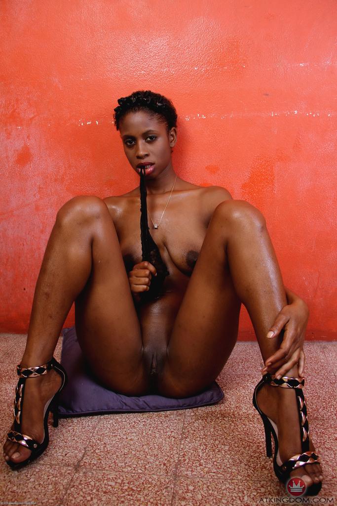 Ebony Toe Curling Masturbation