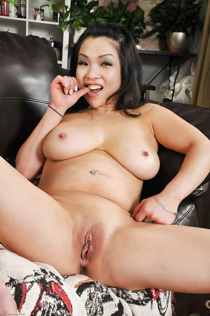 Asian Guy Fuck Big Tits