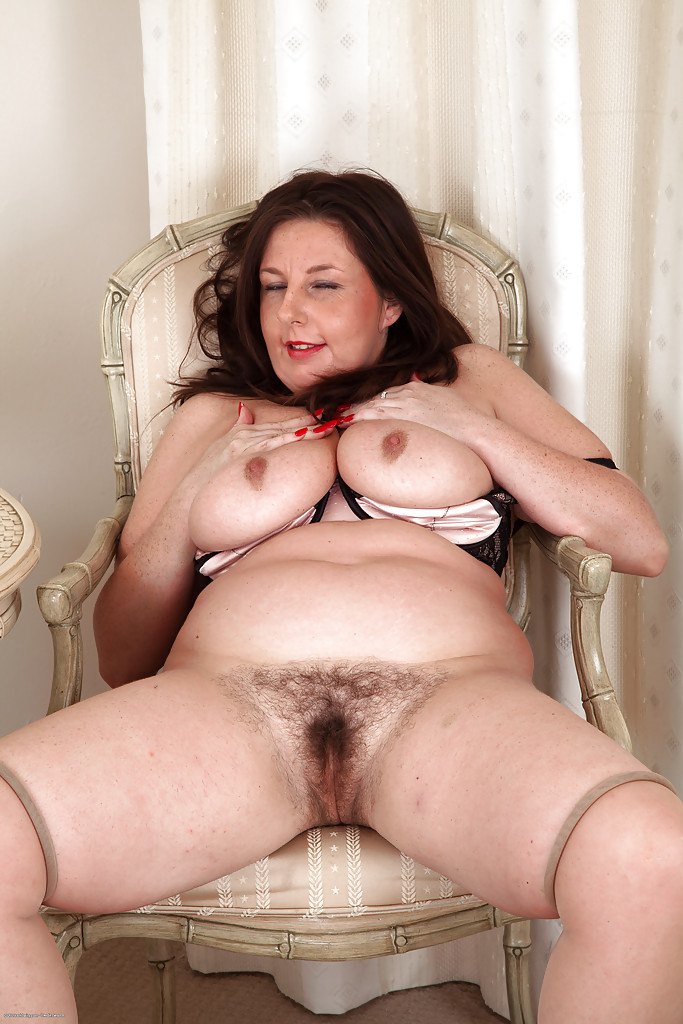 Brunette British Mature Bbw - Pornpictureshqcom-9482