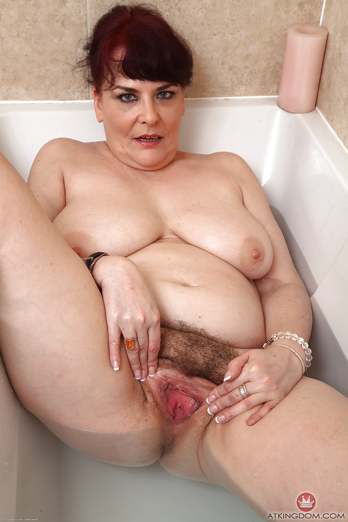 Naked plus size women pics