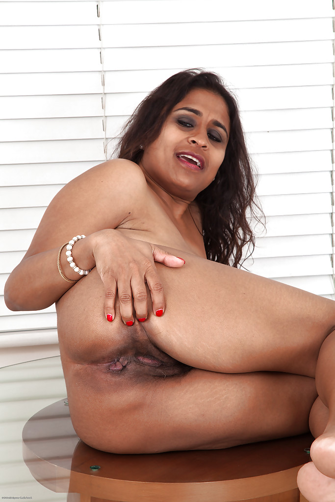 With indian tits saggy about one