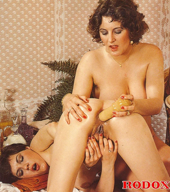 Bondaged lesben sexx masturbatian