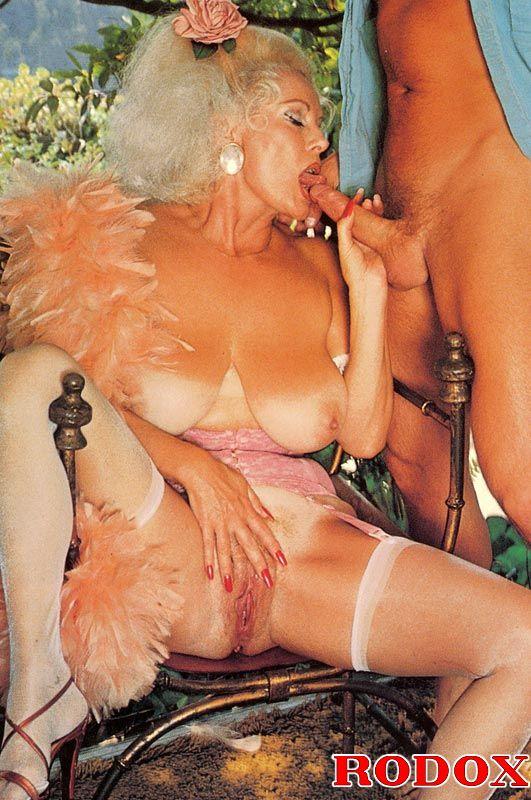 Xxx Classic Porn Mature Retro Lady In Stoc - Xxx Dessert -2893