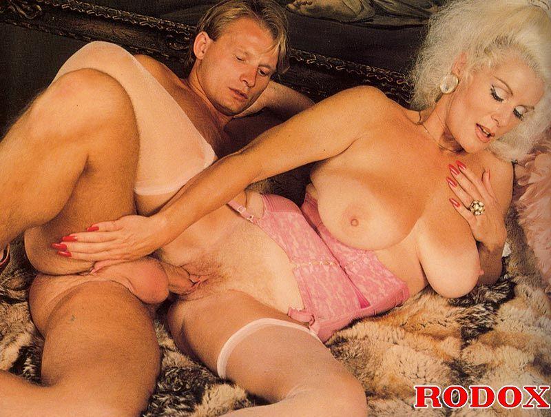 Xxx Classic Porn Mature Retro Lady In Stoc - Xxx Dessert -4762