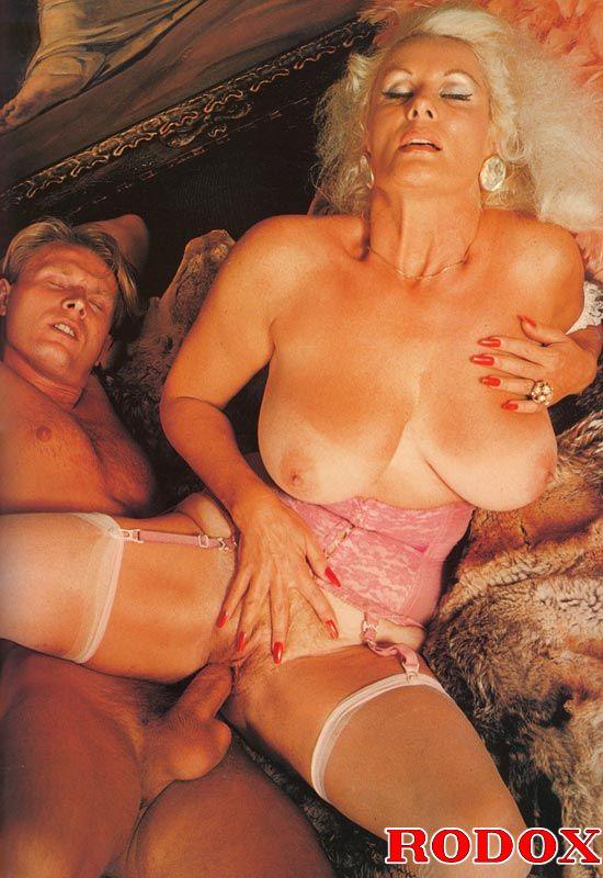 Xxx Classic Porn Mature Retro Lady In Stoc - Xxx Dessert -3066