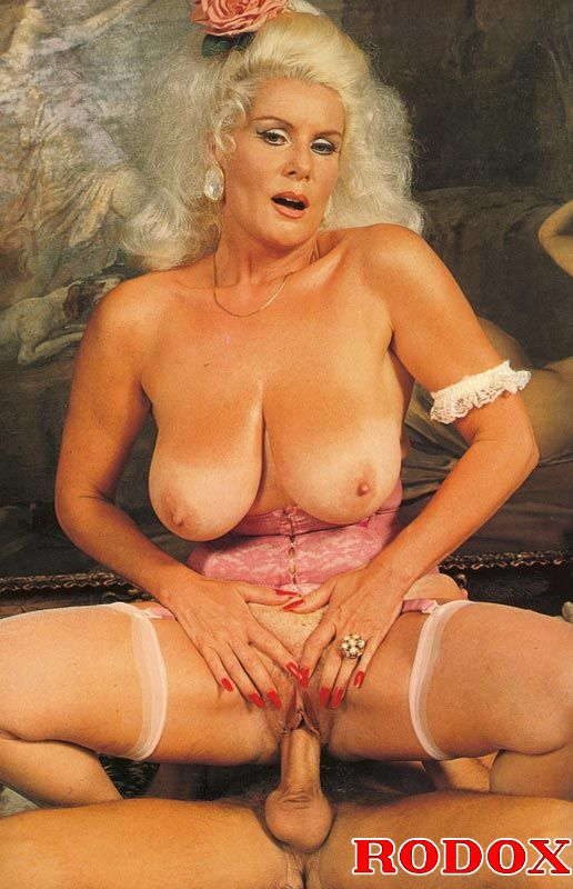 Xxx Classic Porn Mature Retro Lady In Stoc - Xxx Dessert -7906