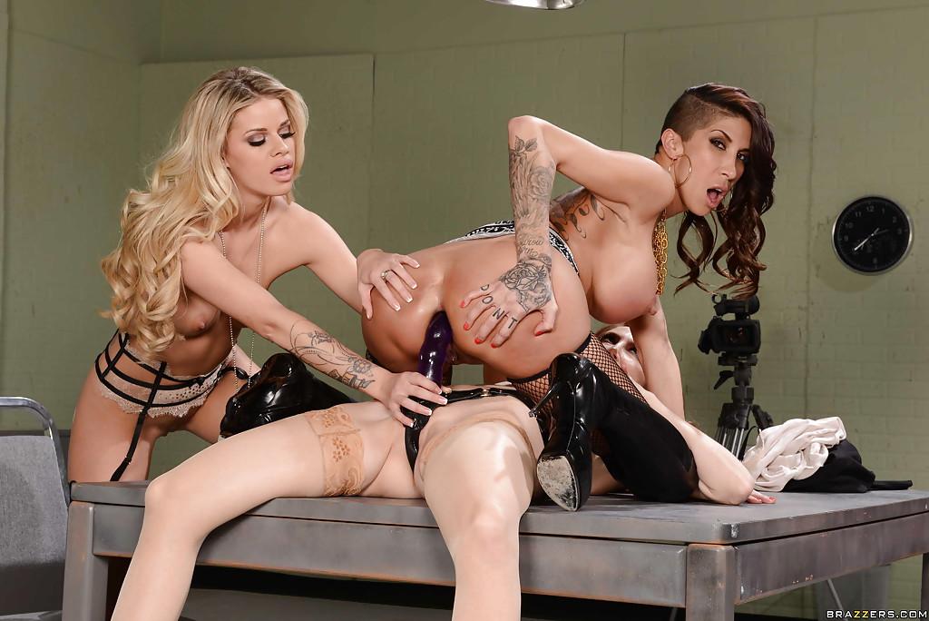 Lesbian Orgy Pool Party