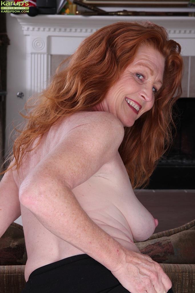Amateur Milf Big Floppy Tits