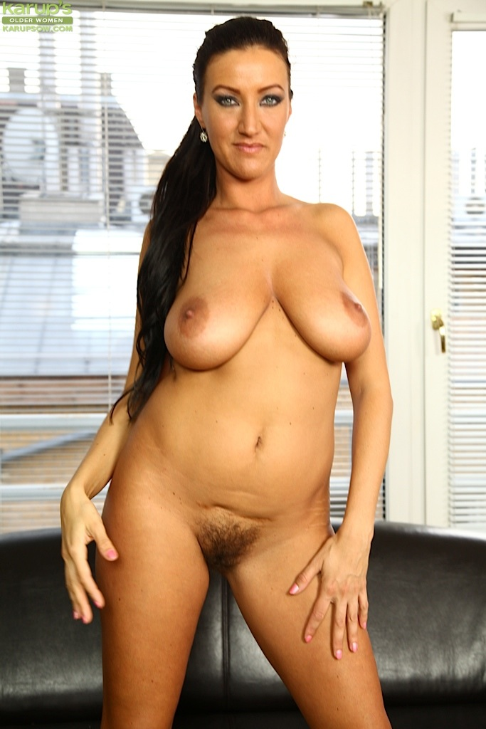 Busty Brunette Milf Seduces