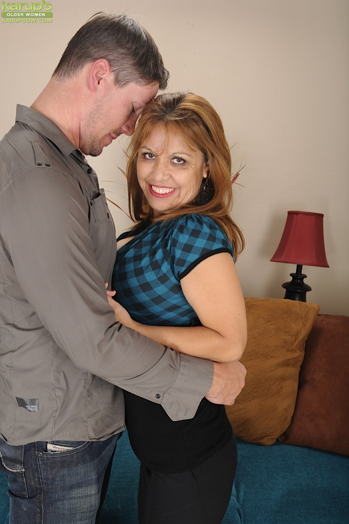 Latina Milf Casting Couch