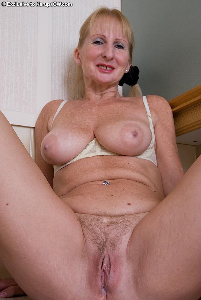 porn 2 lesbians share a cock