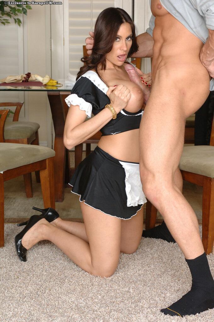 Big Ass Latina Cam Twerk