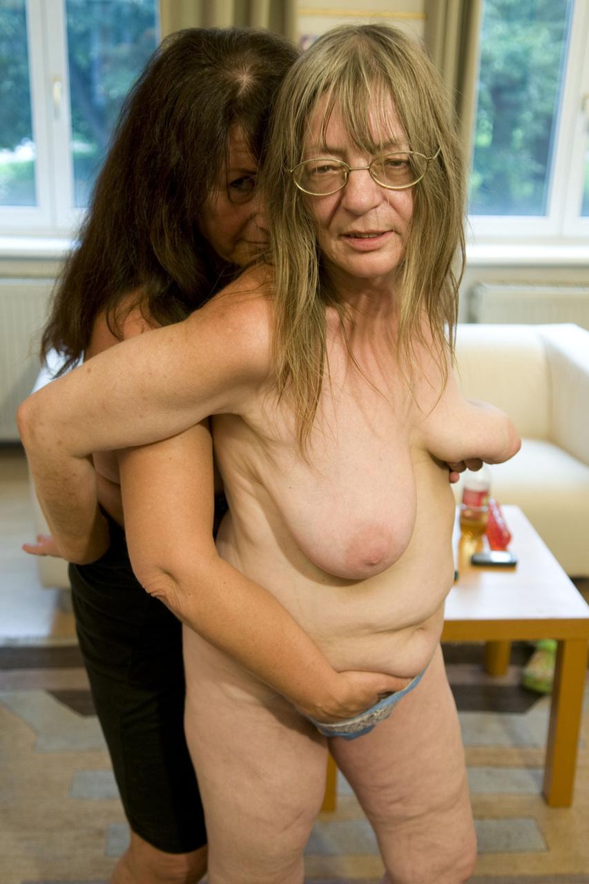 Big Tits Lesbian Milking