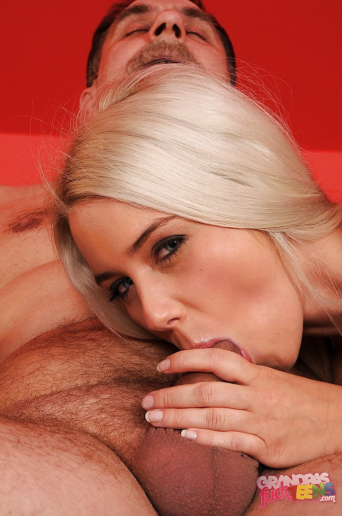 New Sex Images Ebony lesbians licking pussy