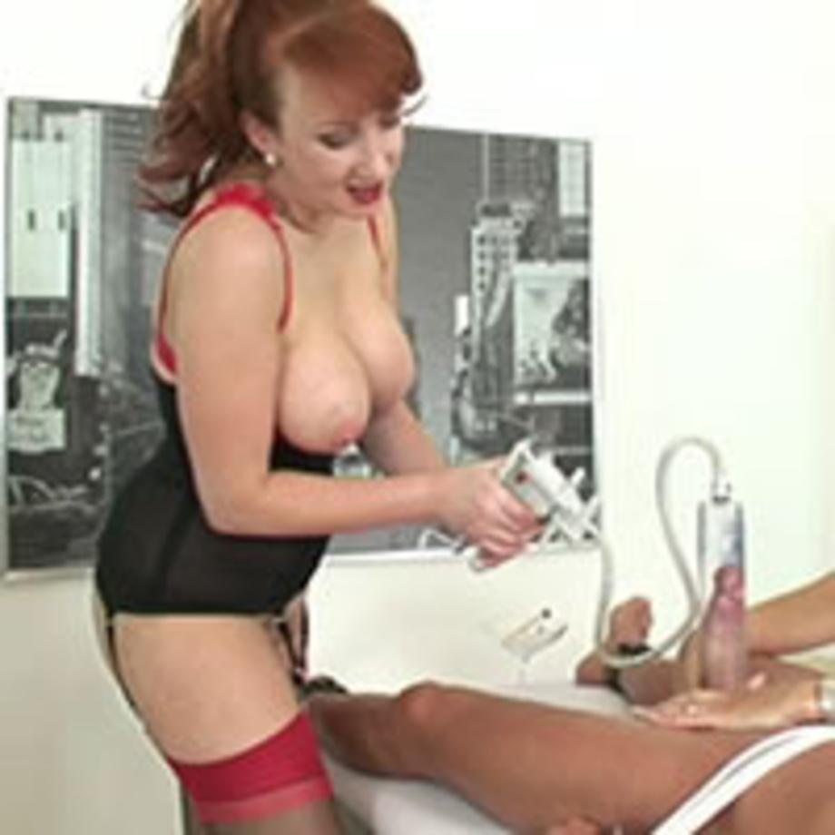 Lady sonia penis pump