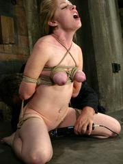 Bdsm xxx. Haley Scott likes to get tied up - Unique Bondage - Pic 12