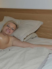 Nylon sex. Luciana and Simony tied in bed to - Unique Bondage - Pic 9