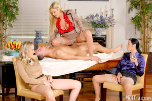 Cfnm. Amazing masterating  alana and her - XXX Dessert - Picture 9