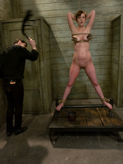 Slave girls. Service slut trained for table - Unique Bondage - Pic 1