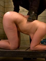 Bondage galleries. Gorgeous Slave girl - Unique Bondage - Pic 1