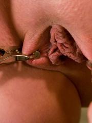 Bondage galleries. Gorgeous Slave girl - Unique Bondage - Pic 3